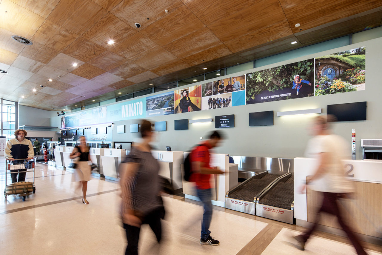 Hamilton Airport Advertising, Airport Advertising, Bishopp Outdoor Advertising, Bishopp Airport Advertising, Advertising, Airport Advertising