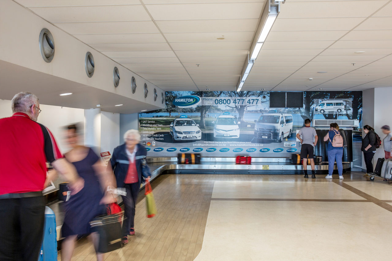 Hamilton Airport Advertising, Airport Advertising, Bishopp Outdoor Advertising, Bishopp Airport Advertising, Bag Belt Advertisng